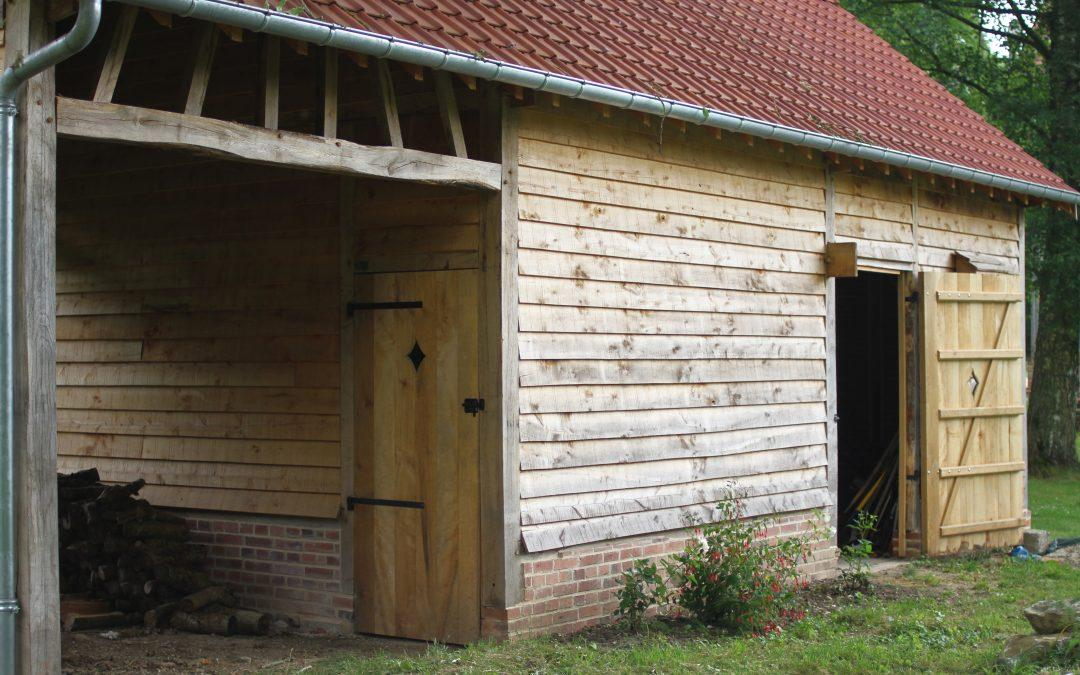 construction d'une grange à pans de bois, Conty