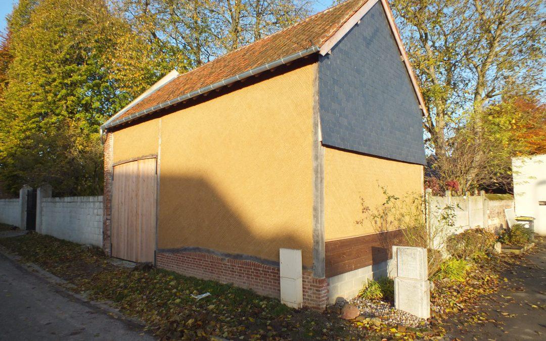 restauration d'une grange en pan de bois, secteur Conty. chantier labellisé fondation du patrimoine.