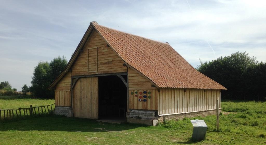 Transfert et restauration muséale d'une bergerie du XVIIIème siécle, maitrise d'ouvrage association Monique TENEUR pour le musée de plein air de Villeneuve d'Ascq